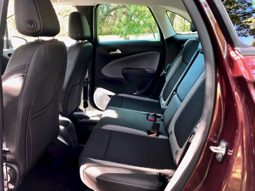 Plazas traseras 1 - Opel Crossland X Innovation 1.5 ECOTECD 102 CV