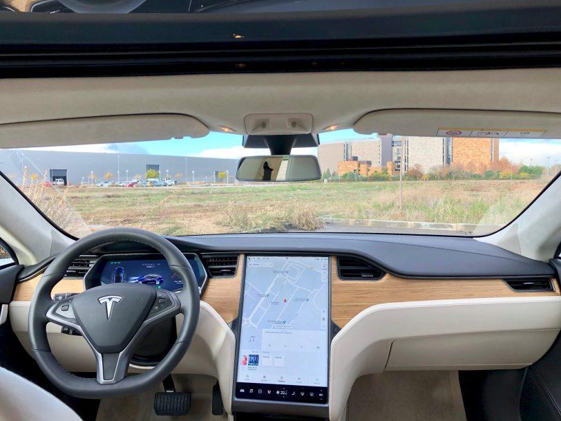 Salpicadero de frente. - Tesla Model S 100D y nuestro viaje de 1.000 km