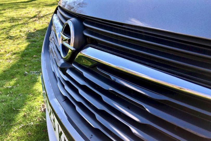 Ca%CC%81mara delantera 1140x760 - Opel Grandland X Ultimate 1.5 CDTi 130 CV