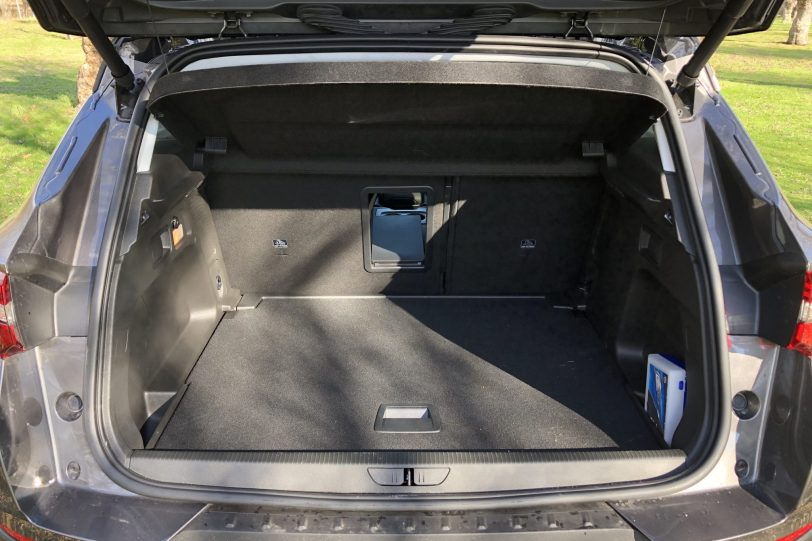 Maletero 5 plazas 1140x760 - Opel Grandland X Ultimate 1.5 CDTi 130 CV
