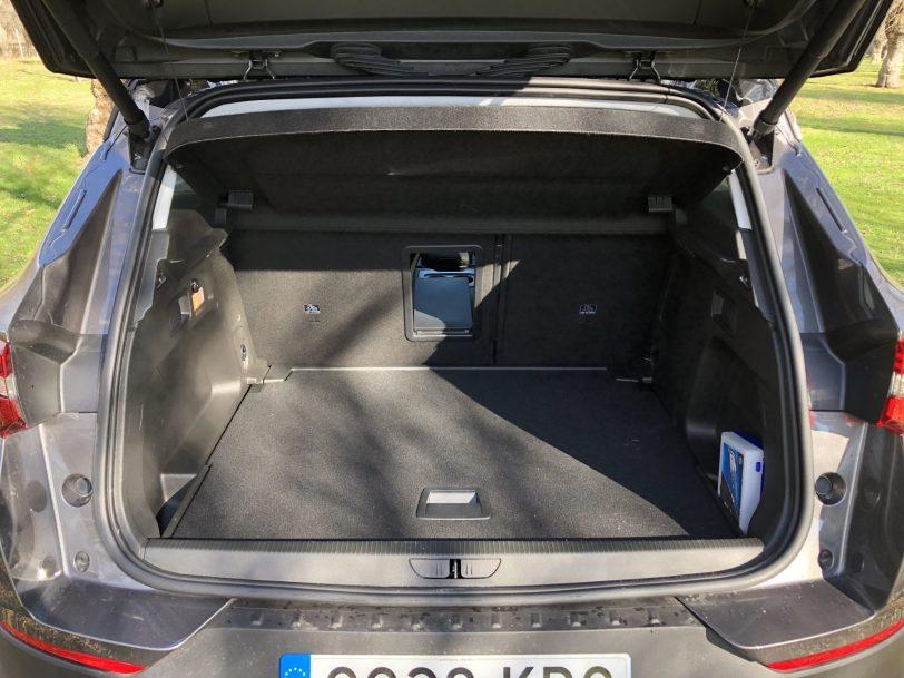 Maletero 5 plazas - Opel Grandland X Ultimate 1.5 CDTi 130 CV