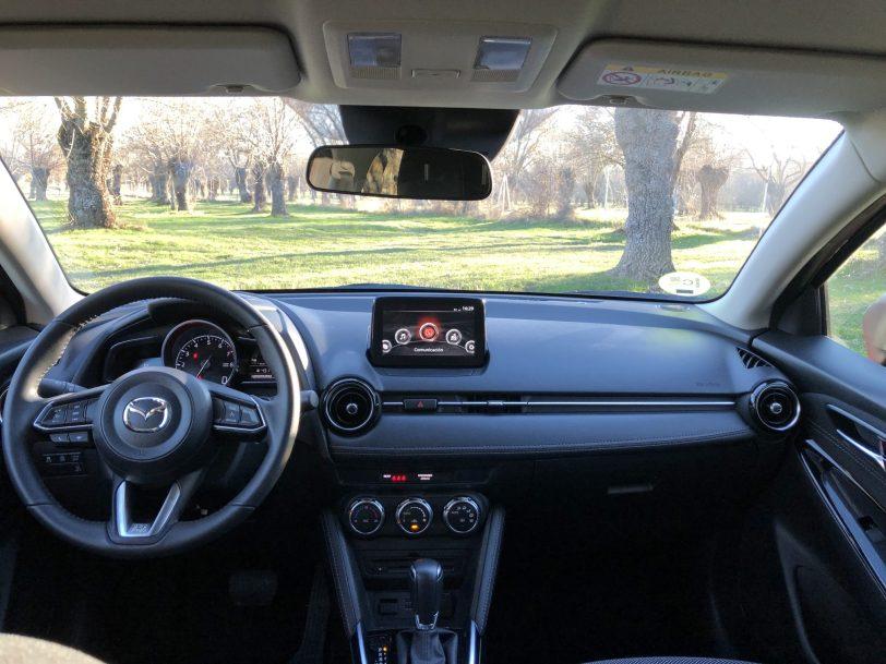 Salpicadero frontal - Mazda2 Zenith 1.5 Skyactiv-G 90 CV