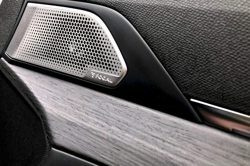 Altavoz puerta delantera derecha Peugeot 508 1260x840 - Peugeot 508 GT: Viene para quedarse