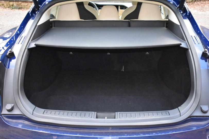 Maletero 5 plazas 1 1260x840 - Tesla Model S 100D y nuestro viaje de 1.000 km