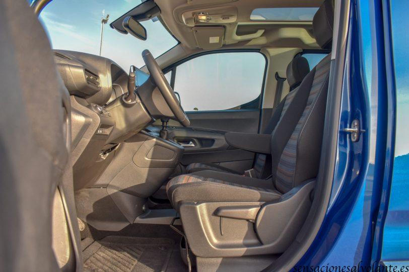Plazas delanteras Opel Combo Life - Opel Combo Life: Un coche muy versátil