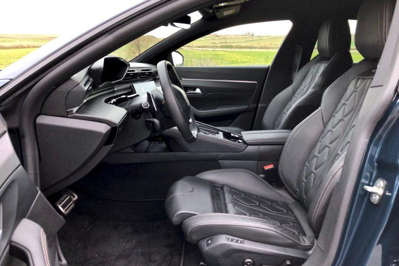 Plazas delanteras Peugeot 508 GT 1260x840 - Peugeot 508 GT: Viene para quedarse