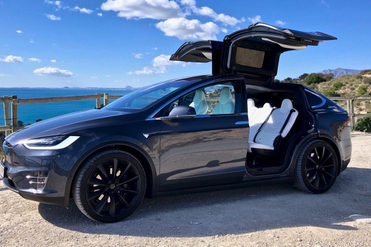 Portada Tesla Model X 100D