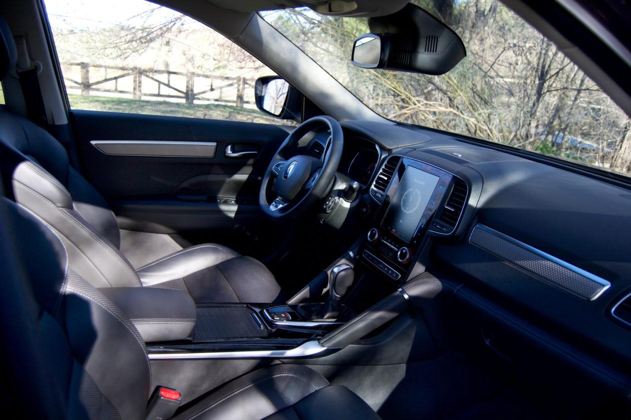 Salpicadero derecha Renault Koleos 1260x840 - Renault Koleos: Completamente renovado