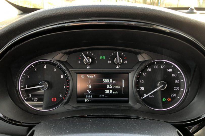Taco%CC%81metro en GLP Opel Mokka X GLP 1260x840 - Opel Mokka X Innovation GLP