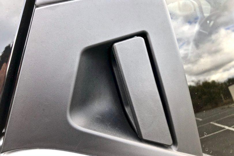 Tirador puertas traseras 1260x840 - Nissan Micra 2017 – 2018 Acenta 0.9 IG-T 90 CV