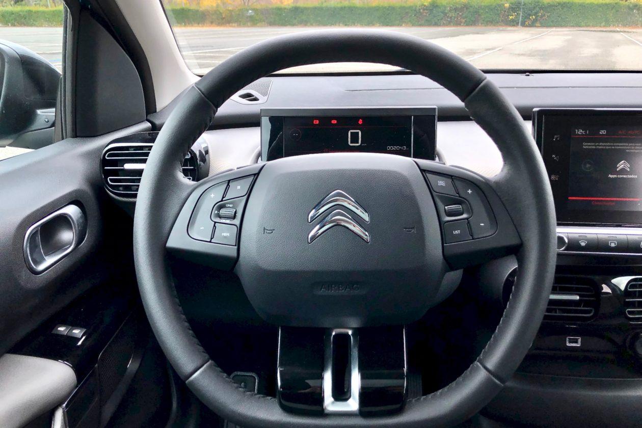 Volante 1260x840 - Citroën C4 Cactus