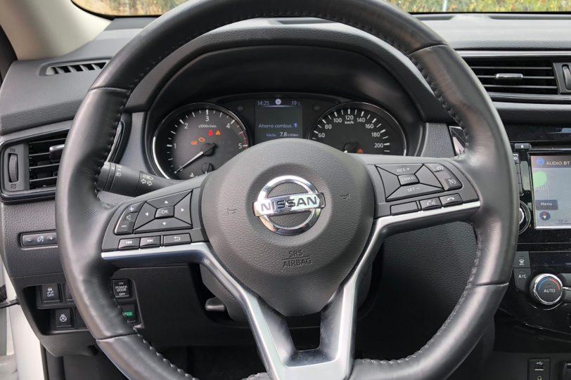 Volante 2 1260x840 - Nissan X-Trail 2018 2.0 dCi 177 CV 7 Plazas