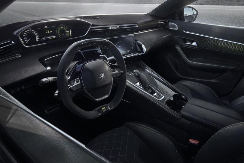 Habitaculo Peugeot 508 Sport 1260x840 - ¡Confirmado! El llamativo 508 Peugeot Sport Engineered Concept será un modelo de producción