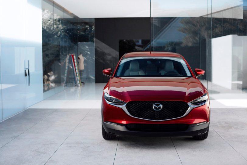 Mazda CX 30 at 2019GIMS 2 1260x840 - Mazda completa su gama con el nuevo Mazda CX-30