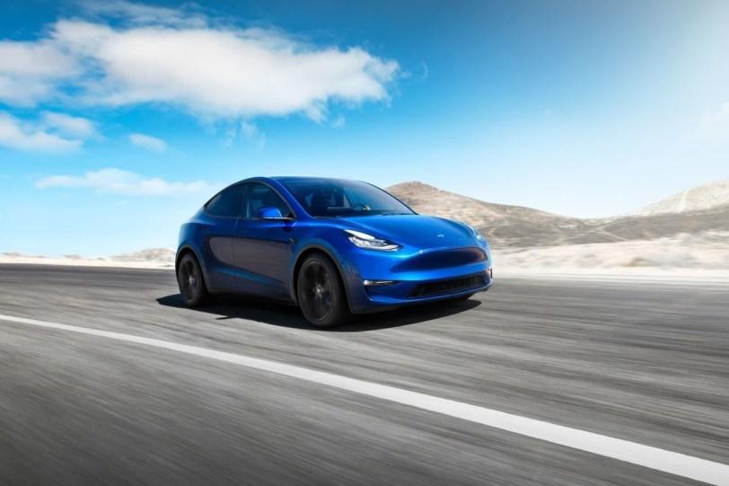 Tesla Model Y azul - El nuevo Tesla Model Y se empezará a vender en 2020 en EE.UU.