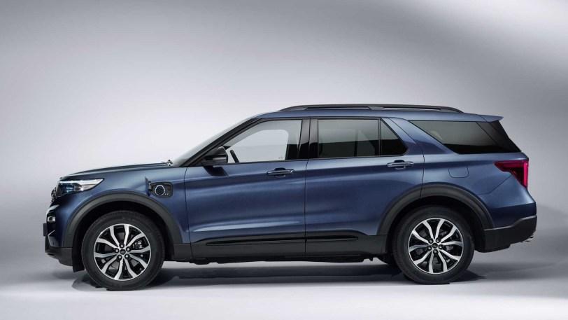 2560 3000 - ¡Menuda sorpresa! El nuevo Ford Explorer contará con una versión híbrida enchufable con 40 km de autonomía