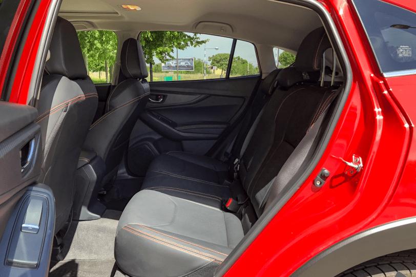 Plazas traseras vista izquierda Subaru XV 1260x840 - Subaru XV Executive Plus GLP: Una alternativa por precio, calidad y equipamiento
