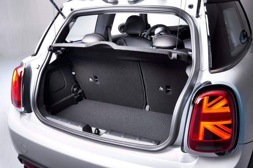 P90357965 highRes 1260x840 - Mini Cooper SE: El primer mini eléctrico