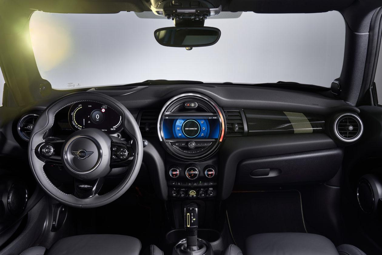 P90357973 highRes 1 1260x840 - Mini Cooper SE: El primer mini eléctrico