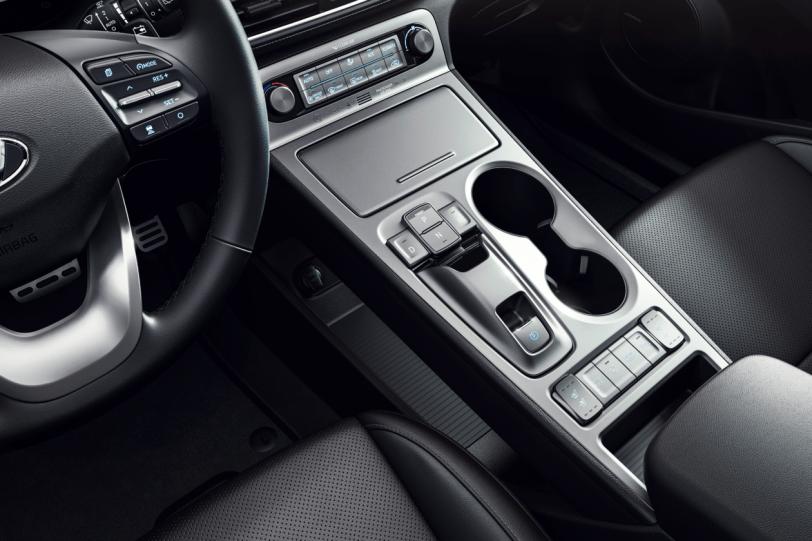 Consola central hyundai kona ev 1260x840 - Hyundai Kona EV