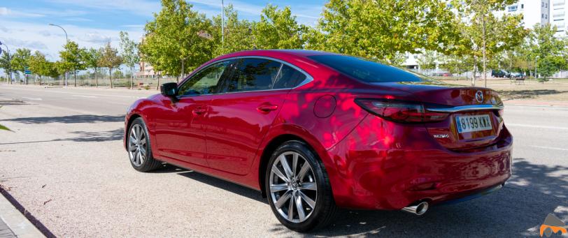 Trasera lateral izquierdo Mazda6 - Mazda6 Signature gasolina: Una berlina con potencia y consumos ajustados