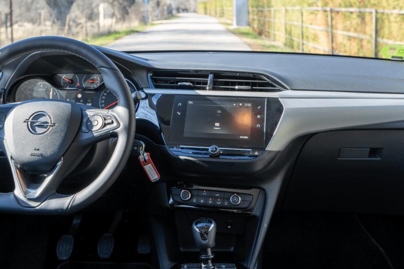Salpicadero vista frontal Opel Corsa Edition 2020 1260x840 - Opel Corsa 2020: Un utilitario para tenerlo muy en cuenta