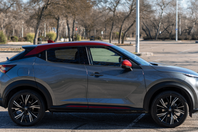 Lateral derecho Nissan Juke 2020 1260x840 - Nissan Juke 2020: El SUV que te saca una sonrisa