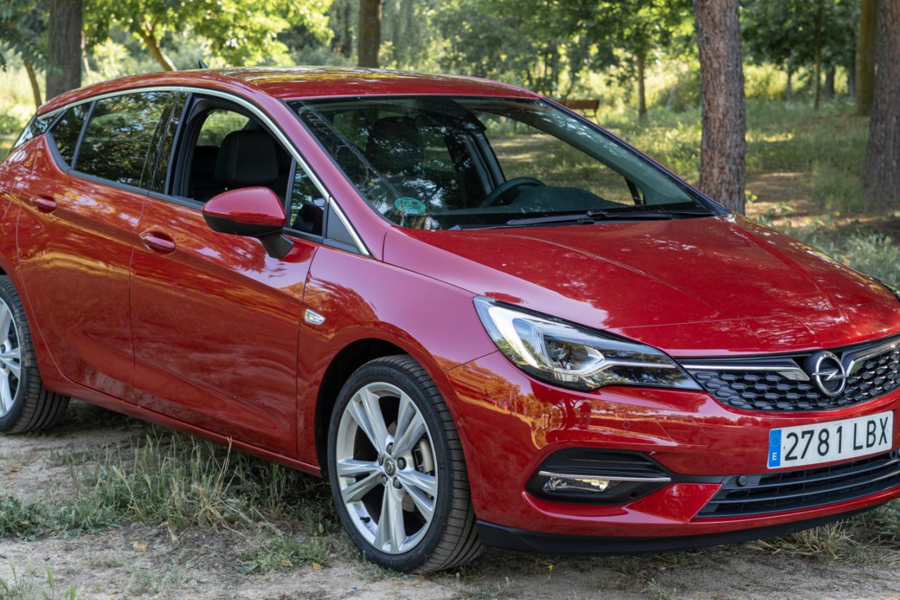 Frontal Lateral Derecho Opel Astra 2020 145 CV
