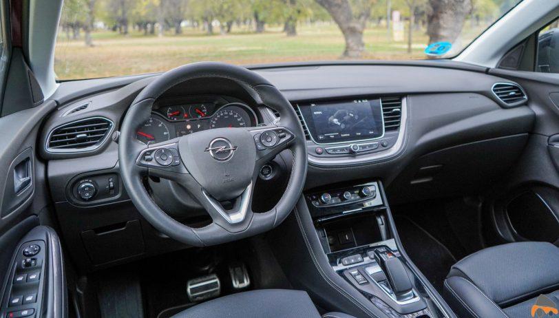 Salpicadero vista trasera izquierda Opel Grandland X Hybrid4 scaled - Prueba Opel Grandland X Hybrid4 2020: 300 CV y 59 km de autonomía eléctrica