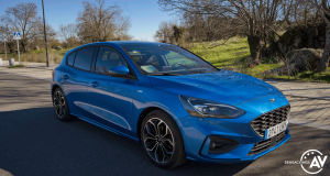 Frontal lateral derecho 2 Ford Focus ST Line ECOBOOST Hybrid - Prueba Ford Focus ST Line 2020 1.0 Ecoboost MHEV 155 CV