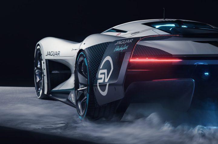 Jag GTSV Studio Rear34 1 161220 e1608135201121 - inicio