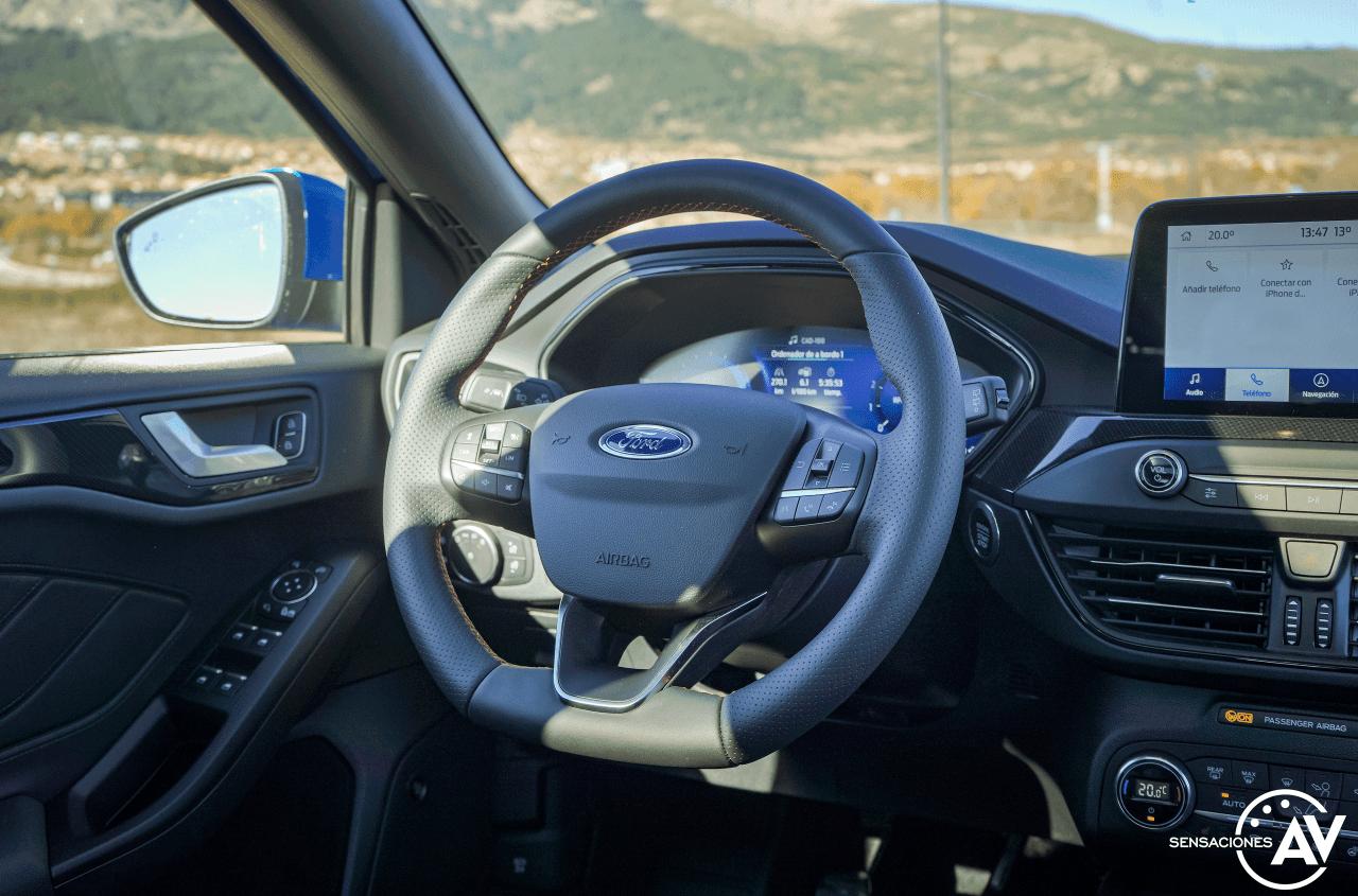 Puesto de conduccion Ford Focus ST Line ECOBOOST Hybrid - Prueba Ford Focus ST Line 2020 1.0 Ecoboost MHEV 155 CV