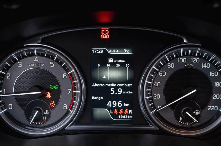 Tacometro Suzuki Vitara - Prueba Suzuki Vitara GLX 4x4 Mild Hybrid: Un 4x4 honesto muy capaz