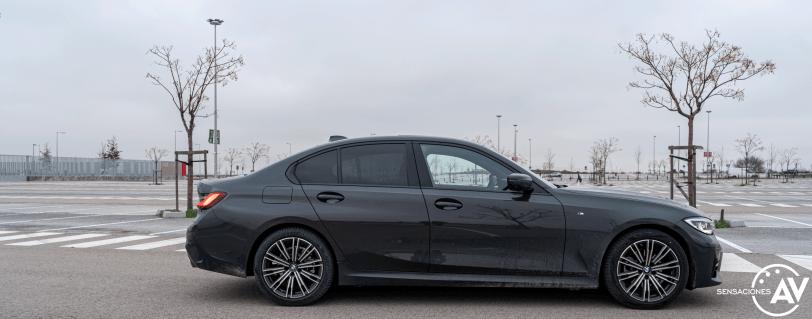 Lateral derecho BMW Serie 3 320d XDrive M Sport Individual - Prueba BMW Serie 3 320d XDrive: Una berlina deportiva y tecnológica