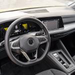 Salpicadero vista izquierda Volkswagen Golf 8 - Volkswagen Golf 8 1.5 eTSI 150 CV: ¿El rey con etiqueta ECO?