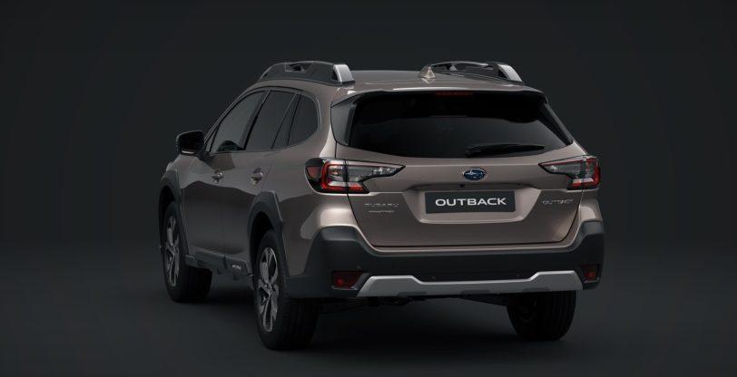 Subaru Outback Touring Trasera e1617029576879 - Subaru Outback 2021: La sexta generación ya está aquí