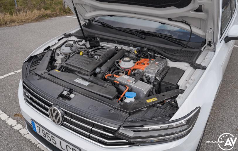 Motor Volkswagen Passat GTE - Prueba Volkswagen Passat GTE 2021: Un coche casi perfecto en peligro de extinción