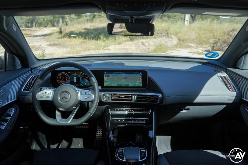 Salpicadero vista frontal Mercedes EQC - Prueba Mercedes-Benz EQC 400 4Matic: El SUV eléctrico de Mercedes que destaca por su confort y por su tecnología