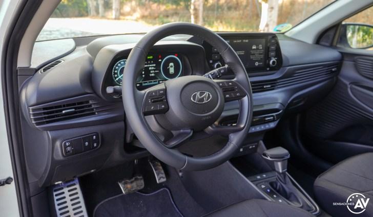 Salpicadero vista izquierda Hyundai Bayon - Prueba Hyundai Bayon 1.0 TGDi 48 V 100 CV AT Tecno: ¿El nuevo rey del segmento B-SUV?