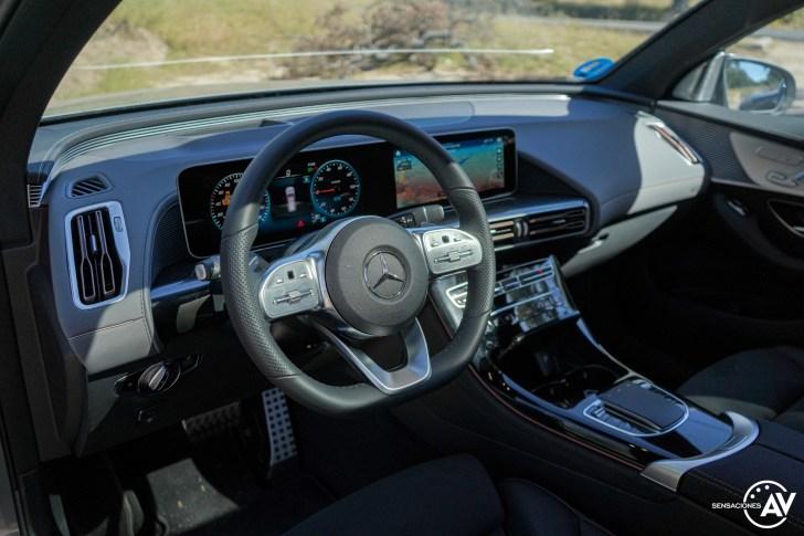 Salpicadero vista lateral izquierda Mercedes EQC - Prueba Mercedes-Benz EQC 400 4Matic: El SUV eléctrico de Mercedes que destaca por su confort y por su tecnología