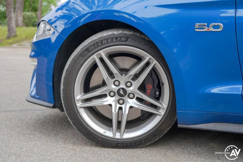 Aleta delantera izquierda Ford Mustang - Prueba Ford Mustang GT Fastback 2021: Puro músculo. ¡Que Dios bendiga a América!