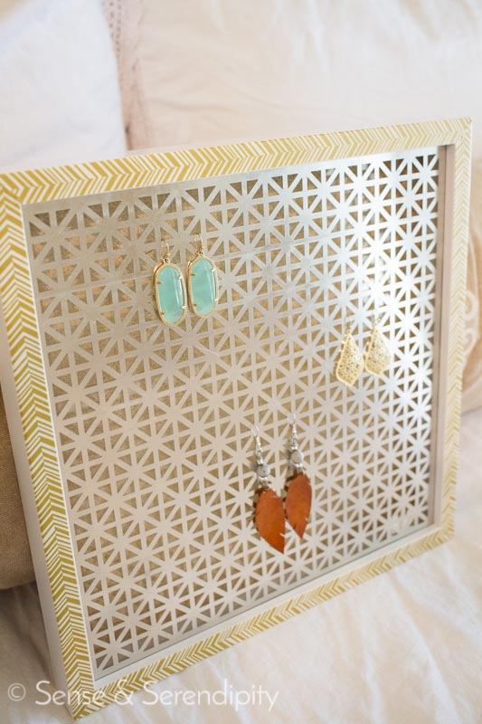 DIY Earring Holder | Sense & Serendipity | earring organization, earring display, jewelry display, jewelry organization