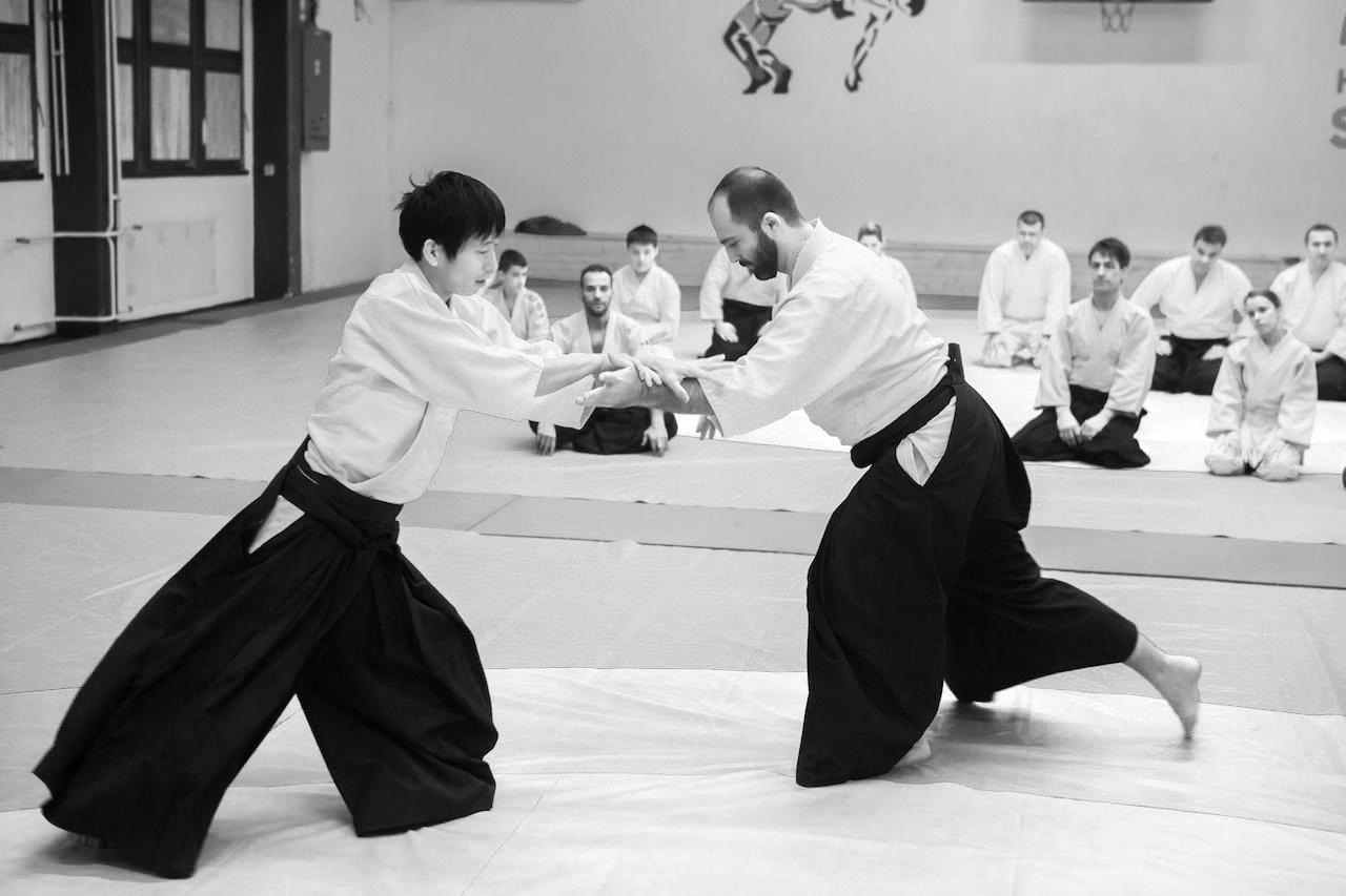upoznavanje s karate instruktorom podudaranje ocjenjivanja zvijezda 2