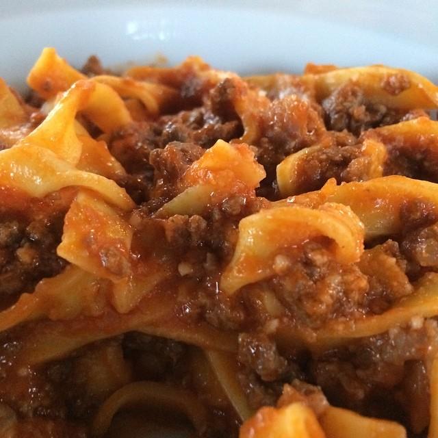 Abendessen: Nudeln mit Ragu di Carne (heißt nicht Bolognese, schmeckt aber so) <a rel=