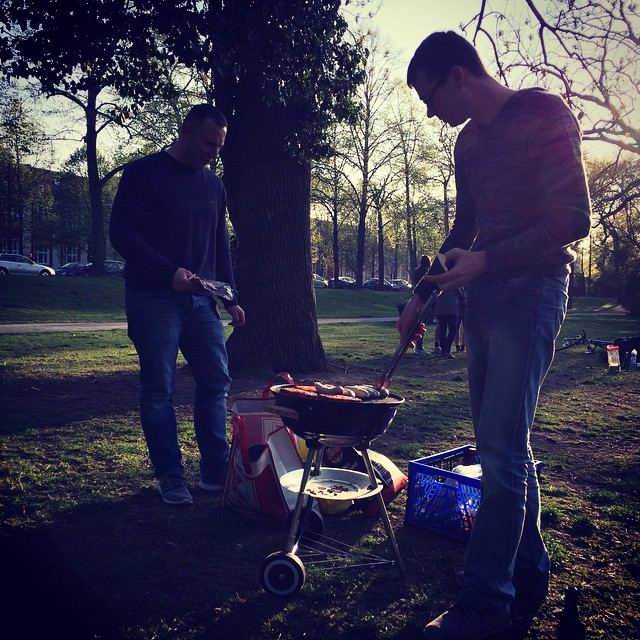 Männer #grillen #fleisch - via Instagram