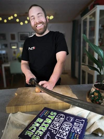 hacka lök geeky chef strikes back