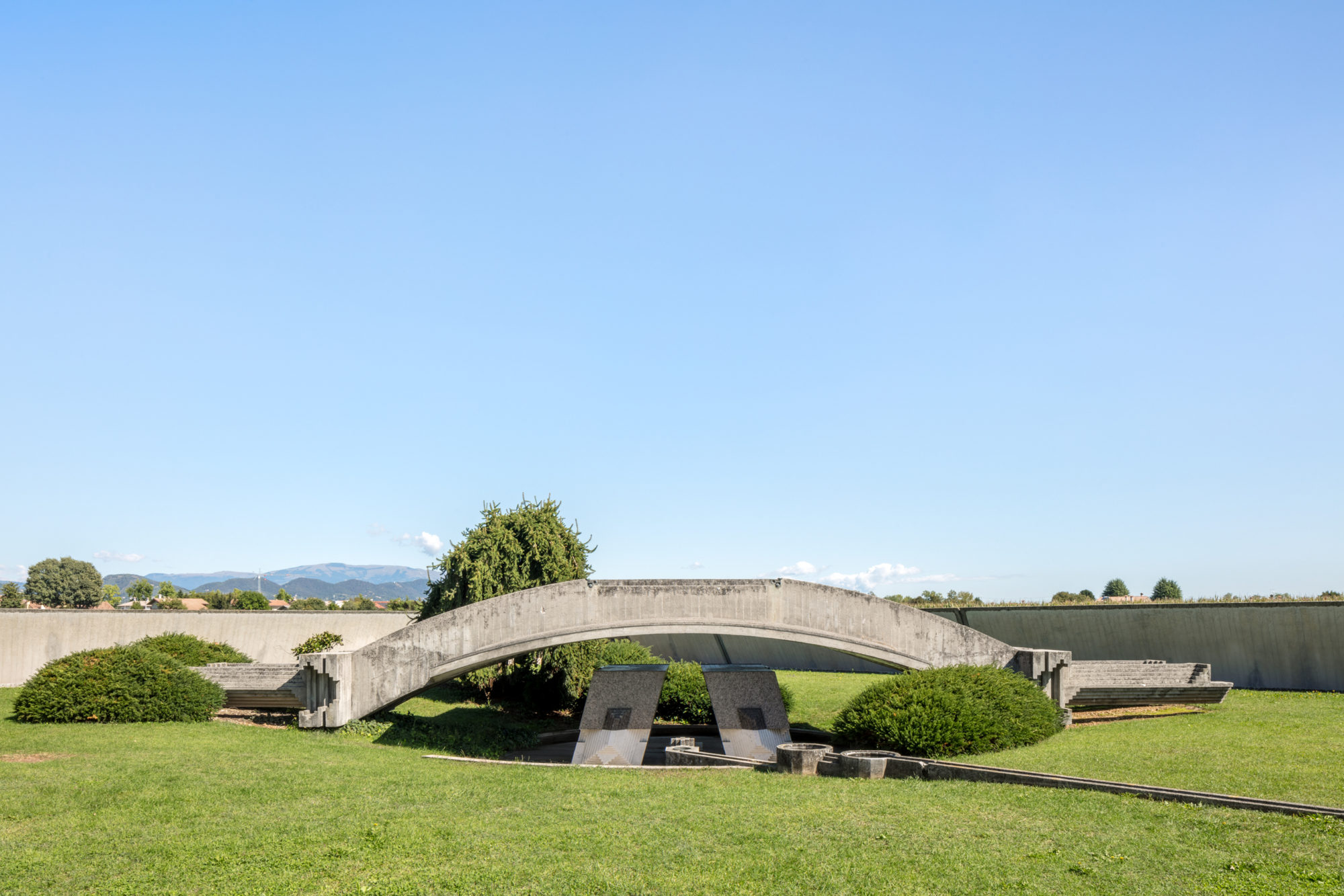 Carlo Scarpa Brion Sanctuary Cemetery Tomba