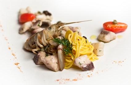 spaghetti-allo-scoglio-di-lago-ristorante-vecchia-malcesine