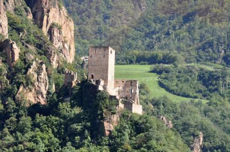 Rovine_castello_di_Terlano