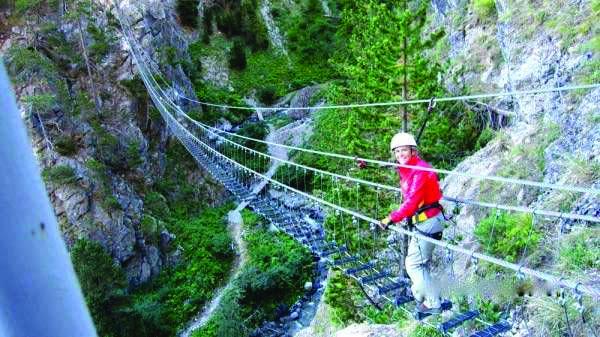 Il Ponte Tibetano sulla Forra del Cellina